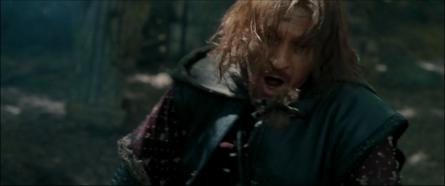 Boromir qui reçoit la première flèche
